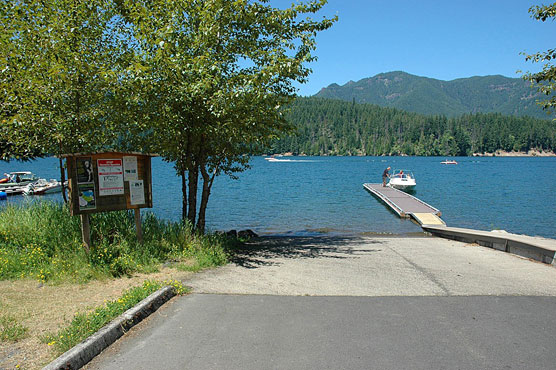 Cove-Creek-Boat-Ramp