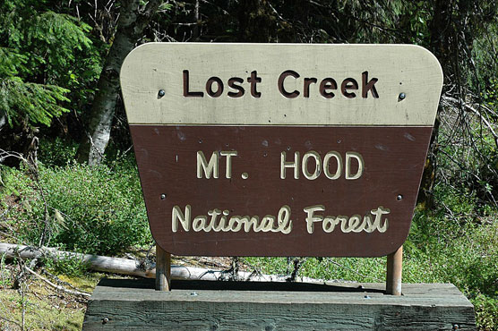 Lost-Creek-Sign
