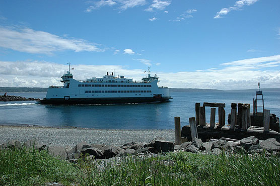 Fort-Casey-Ferry-View