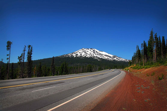 Mt-Bachelor-Road