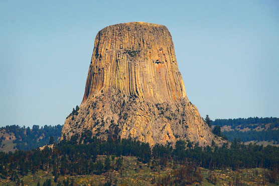 Devils-Tower-1
