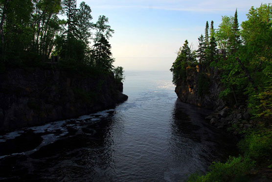 Temperance-River-Mouth