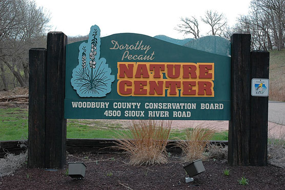 Nature-Center-Sign