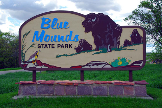 Blue-Mounds-Sign