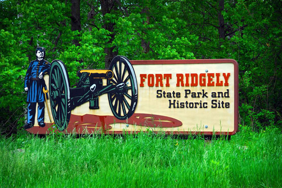 Fort-Ridgely-Sign