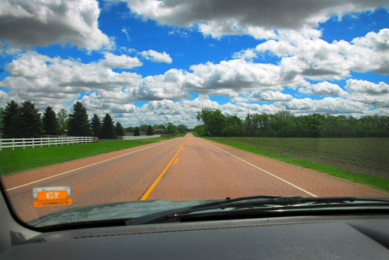 Road-to-Blue-Mounds