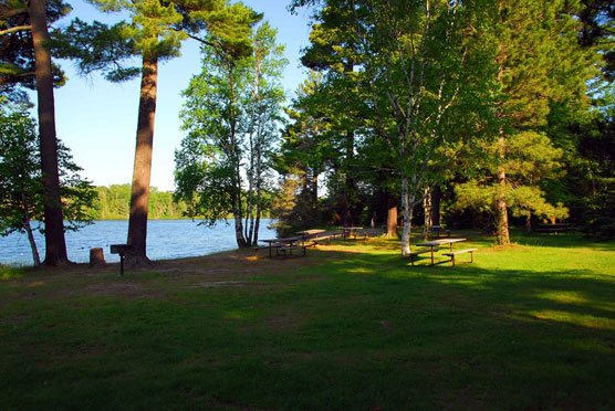 Bear-Head-Lake-Picnic-Area