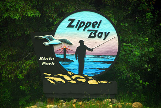 Zippel-Bay-Sign