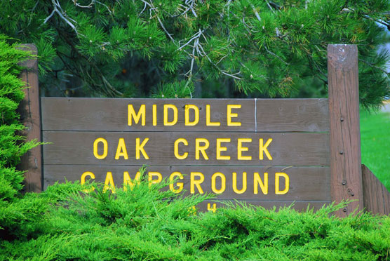Middle-Oak-Creek-Sign