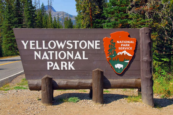 Yellowstone-Sign