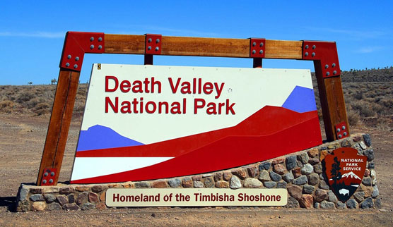 Death-Valley-Sign