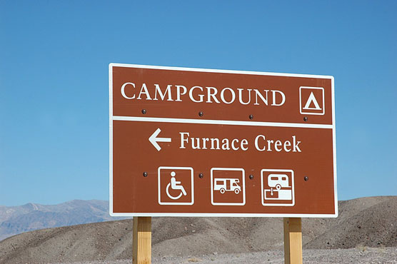 Furnace-Creek-Sign