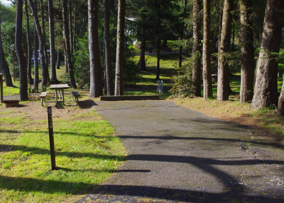 Best oregon campgrounds to view solar eclipse campsite for Devils lake state park cabins