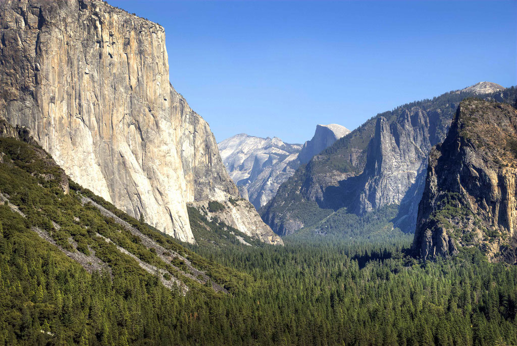 Yosemite_National_Park_Valley_View