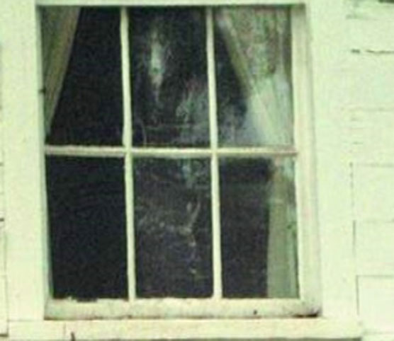 Ghost-Window
