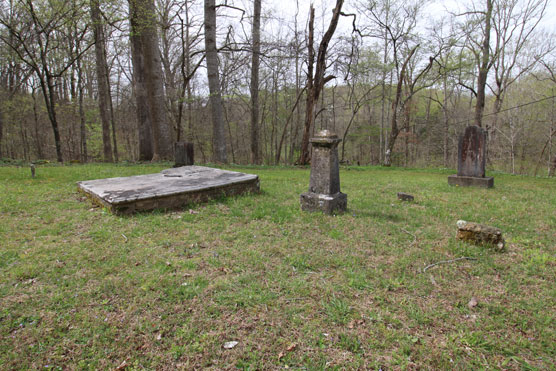 Montgomery-Bell-State-Park-Cemetery
