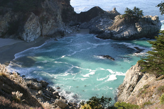 Julia_Pfeiffer_Burns_State_Park_McWay_Cove_and_Falls
