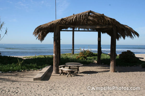San_Onofre_Dogpatch_Cabana