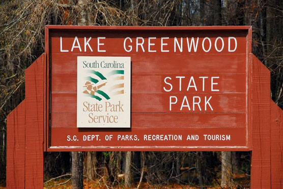Lake-Greenwood-Sign