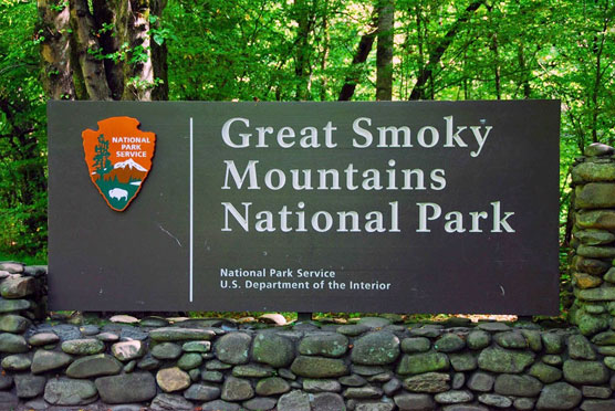 Great-Smoky-Mountains-Sign