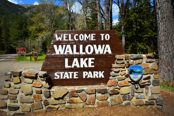 Wallowa-Lake-Sign