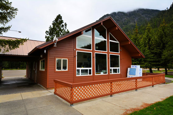 Wallowa-Lake-Store
