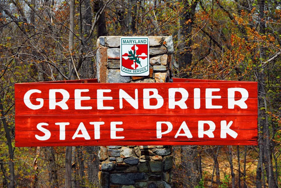 Greenbrier-Sign