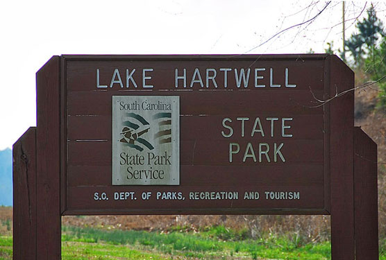 Lake-Hartwell-Sign