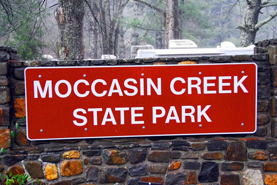 Moccasin-Creek-Sign