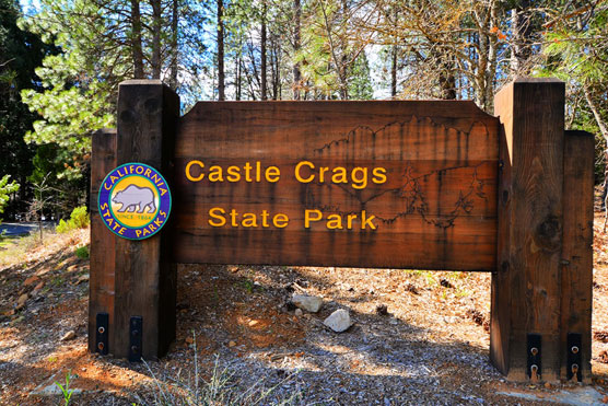 Castle-Crags-Sign