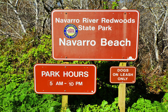 Navarro-Beach-Sign