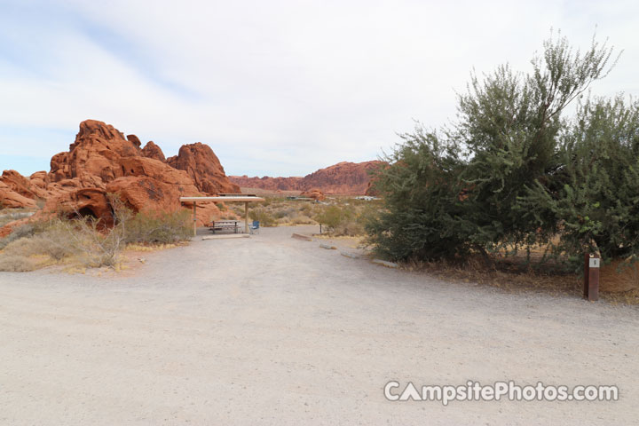 Valley of Fire Atlatl Rock 009