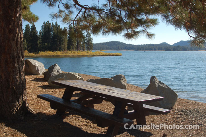 Lake Davis - Coot Bay Picnic Area