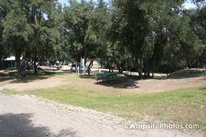 Lake Piru Olive Grove Campground 033