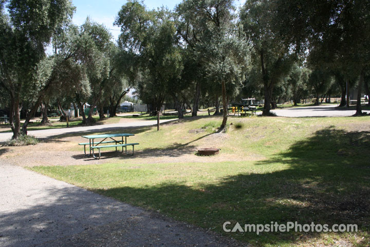 Lake Piru Olive Grove Campground 075