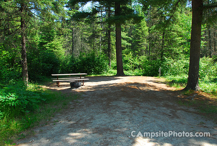 Bear Head Lake - Campsite Photos and Camping Information