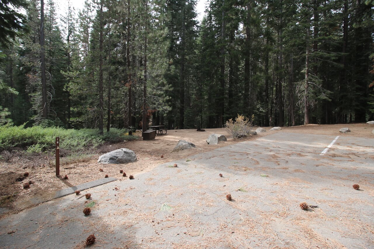 Huntington Lake Campgrounds_Catavee_Site 18_CampsitePhotos.com