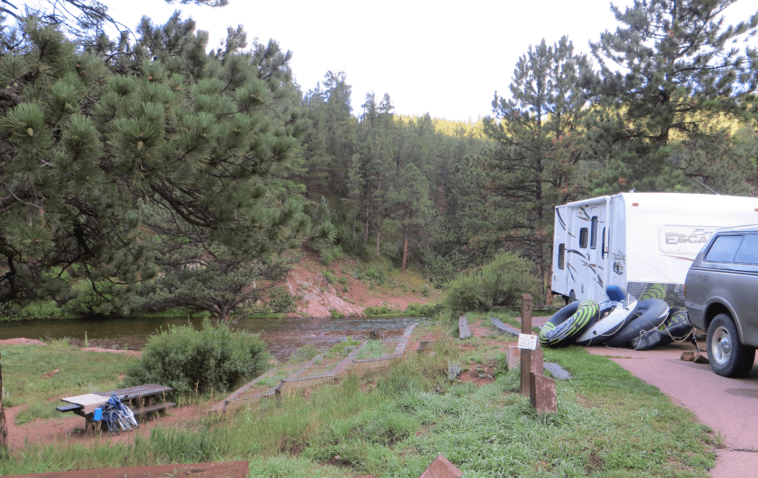 Lone Rock & Esterbrook campgrounds - Campsite River View
