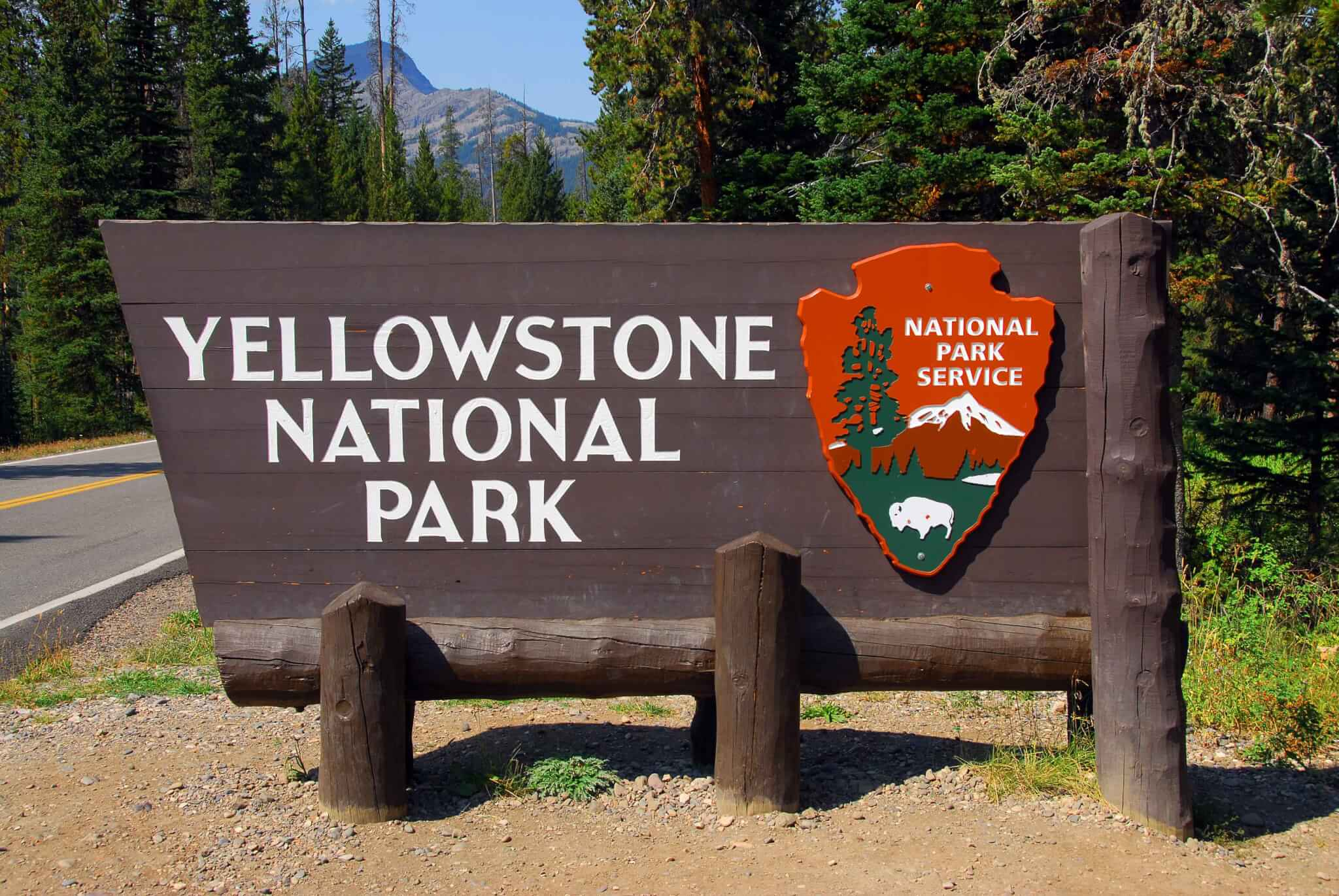 Yellowstone National Park Campsite Photos - Sign