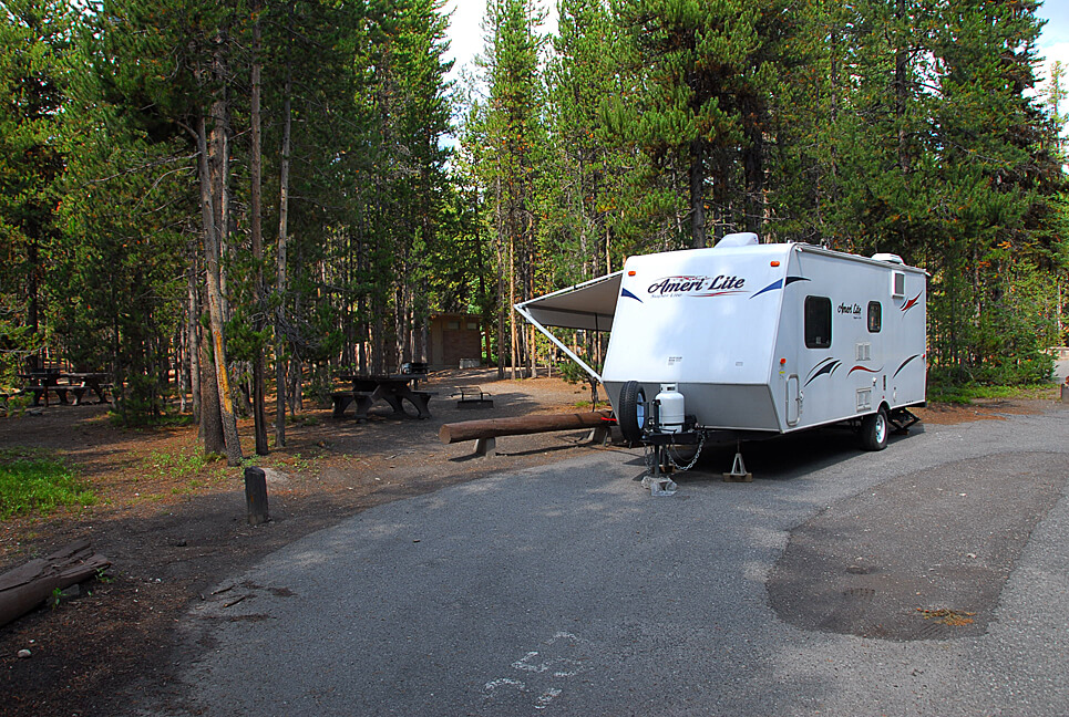 Yellowstone National Park Campsite Photos _Canyon