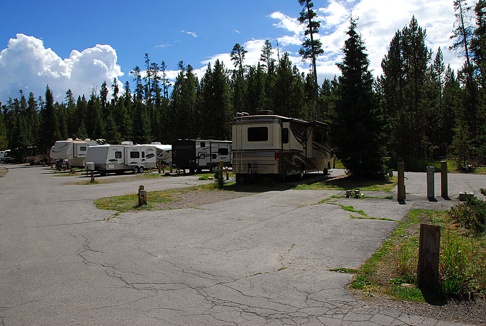 Yellowstone National Park Campsite Photos _Fishing Bridge RV Park