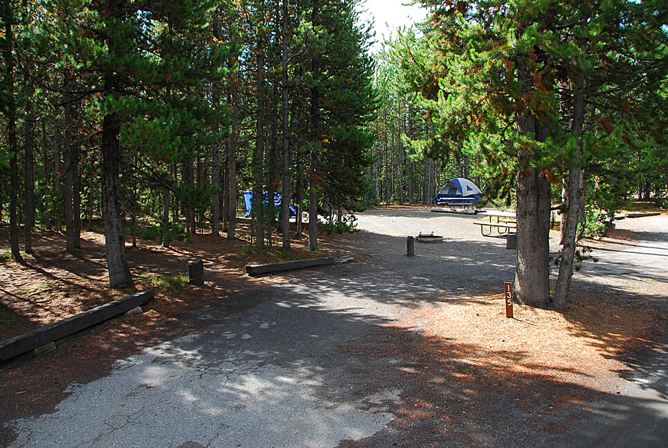 Yellowstone National Park Campsite Photos _Grant Village