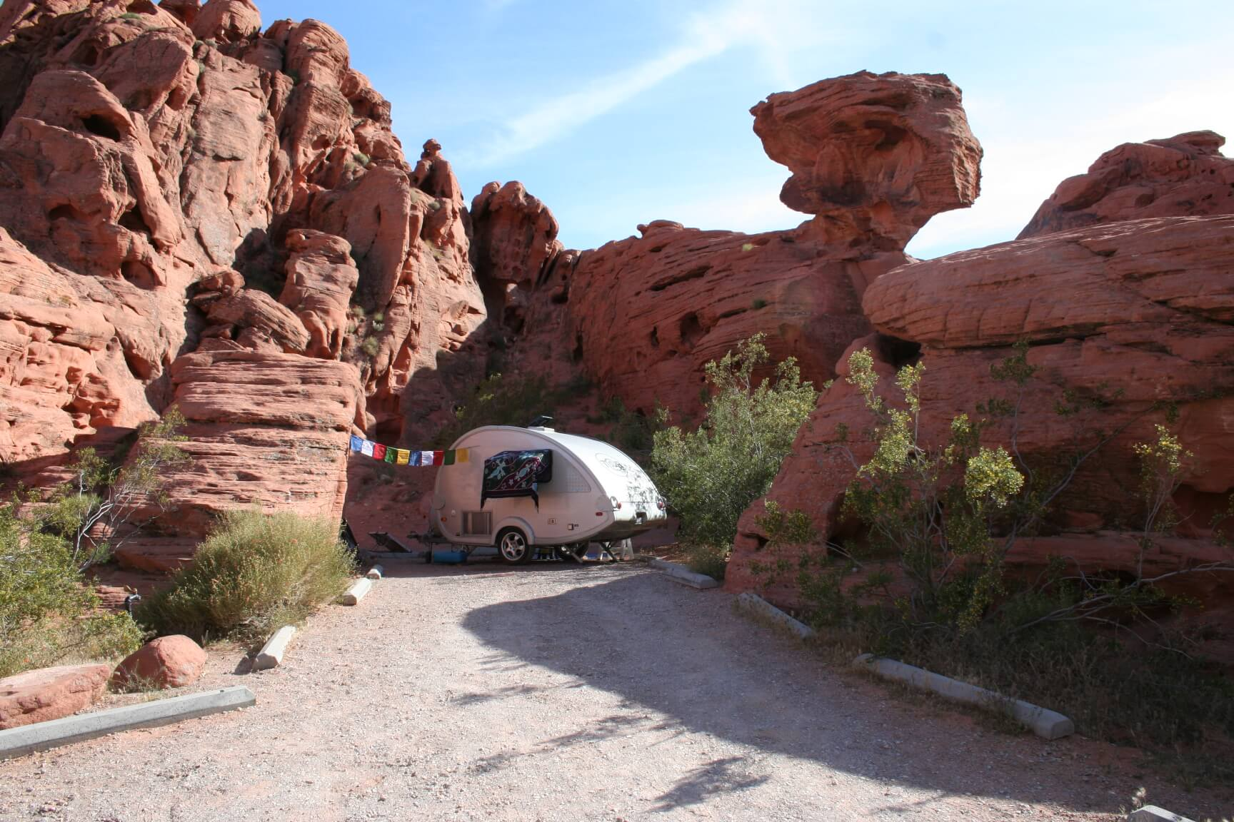Western US - Fall Camping Guide_Valley of Fire State Park Arch Rock Campsite 22