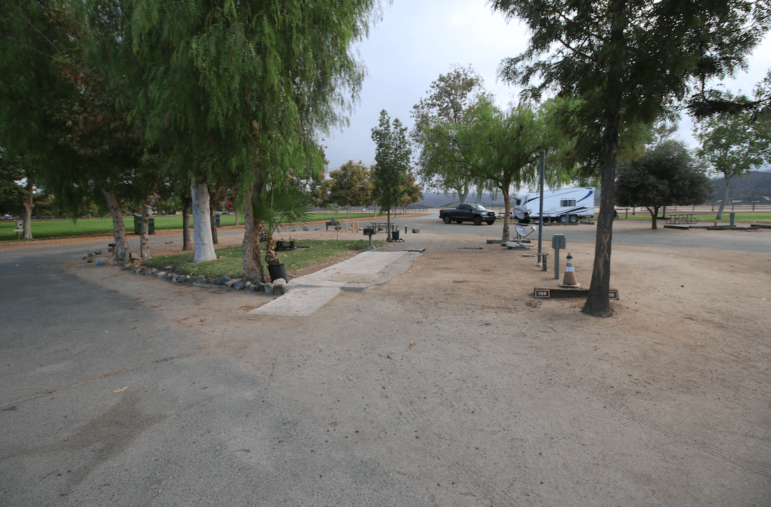 Riverside County Parks Campgrounds_Lake Skinner Campsite A125