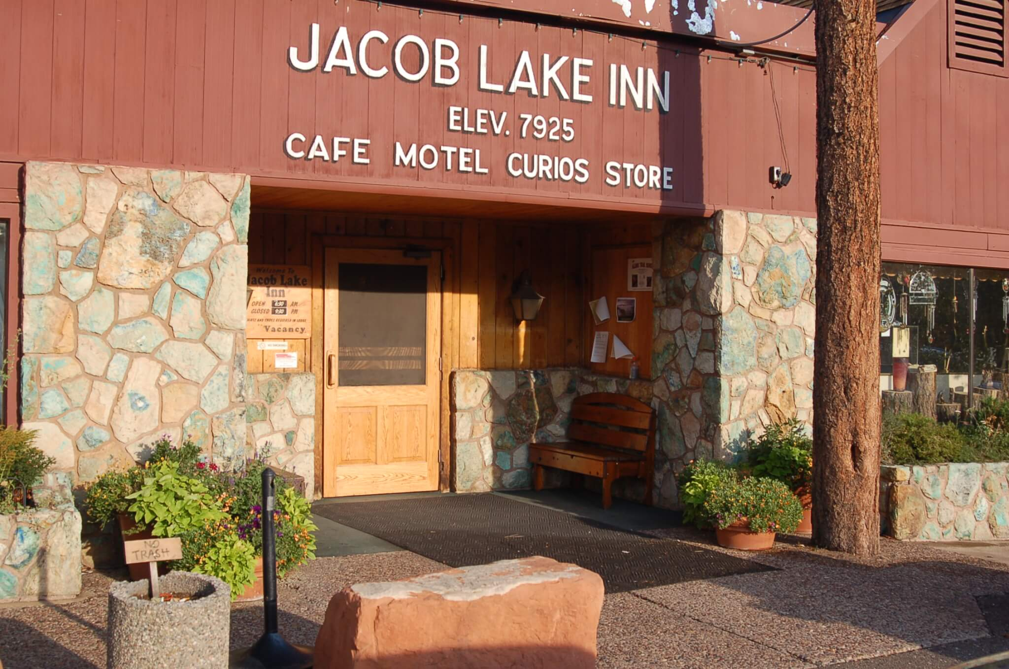 Grand Canyon National Park Area Campgrounds-Jacob_Lake_Inn